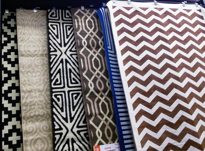 Esposizione tappeti arredamento olivo tappeti for Arredamento tappeti
